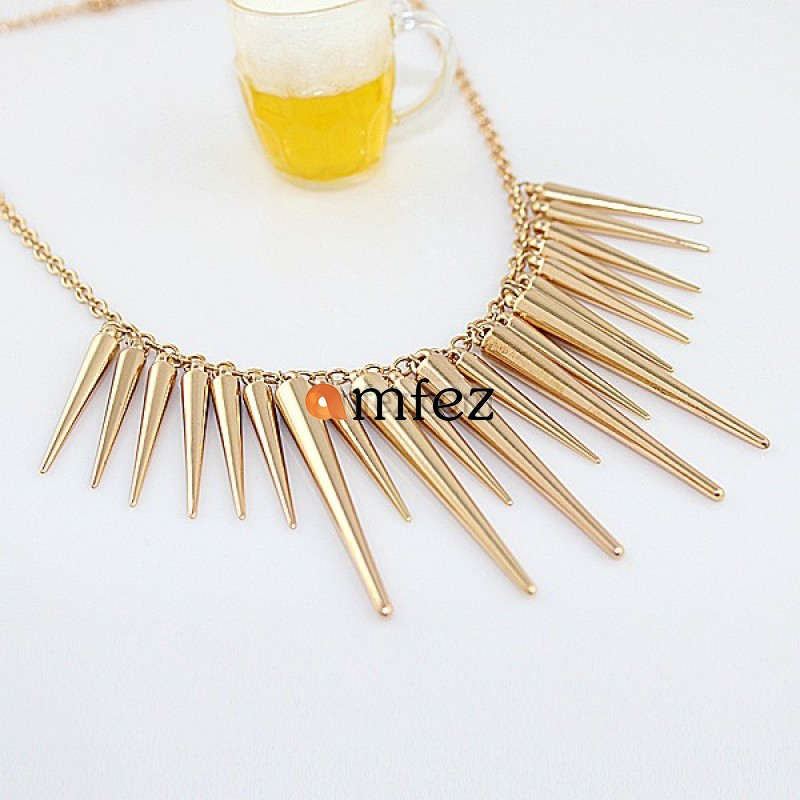 Golden Exaggerated Spikes Punk Necklace for Women